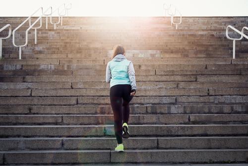 階段 登る