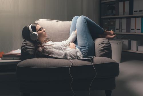 音楽 聴く