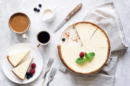 ホール ケーキ