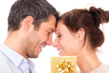 復縁できるプレゼントの選び方・渡し方にはコツがある!元彼のタイプ別やり直せる贈り物の活用法