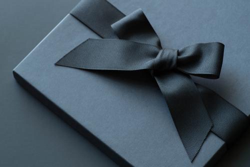 黒いプレゼント