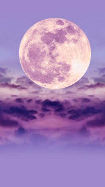 紫の雲と月の画像