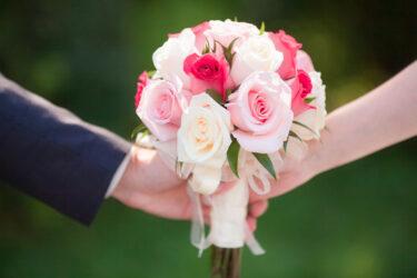 初めて付き合った人との結婚は幸せになれる?ゴールインする確率とうまくいく方法&失敗だった…と後悔するケース