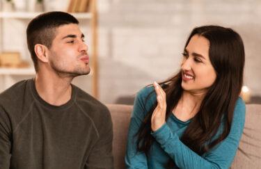 彼氏の口臭が原因でキスしたくない時の対処法と傷つけずに対策を促せる伝え方&別れたい気持ちとの向き合い方